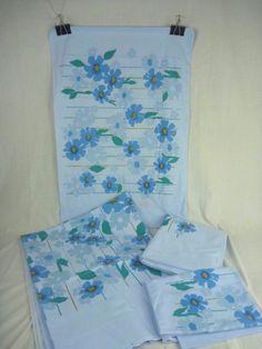 vtg sears percale blue mod flower sheets 2 twin flat u0026 2 pillowcases vintage case