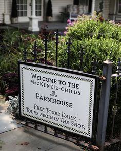 MacKenzie-Childs Farmhouse Tour | Stylin By Aylin | Interior Design | Fashion | Lifestyle Dreams Do Come True, Social Media Influencer, Places To Go, Things To Do, Big Mac, Tours, Entertaining, Holiday Decor, Children
