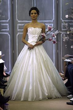 Vera Wang bridal - my future bridal!!! wow i love it