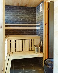 Mountain cabin in Reineskarvet, Norway Cabins In Missouri, Building A Porch, Built In Storage, Interior Walls, Prefab, View Photos, Home And Living, Entryway, Architecture