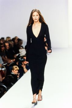 Calvin Klein Collection Spring 1996 Ready-to-Wear Fashion Show - Christy Turlington Burns
