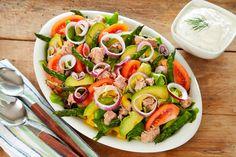 Tunfisksalat med avokado og asparges