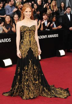 Jessica Chastain's Oscar gown shows the amazing use of metallic thread! House of McQueen continuing his love of embroidery.