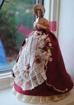 http://www.petitedolls.iinet.net.au/Images/0000000000000000/Mary%20by%20Debbie.jpg