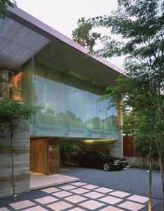 WOW Architects have designed the Sunset Vale House in Singapore.