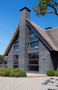 Materiaal rietgedekte villa © Building Design Architectuur