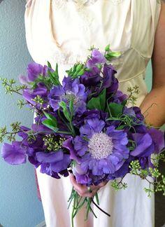 265081_199936906725547_7473569_n solabee flowers & botanicals