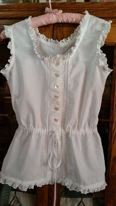 Handmade Victorian-Type Vintage Style Chemise/Summer top -- Made to Order White or Ivory Frock Fashion, Girl Fashion, Fashion Outfits, Victorian Fashion, Vintage Fashion, Vintage Style, Trendy Dresses, Casual Dresses, Night Dress For Women