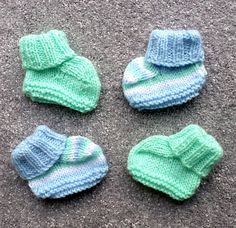Ravelry: Plain or Striped Bootees pattern by Esther Kate