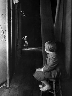 """Lawrence Schiller, who photographed the pair in 1963, recalled Ms. Fisher, who was 6 at the time, watching """"mesmerized"""" as her mother performed in Las Vegas."""