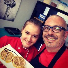 Gravando com a espetacular masterchef  @gabi_lila uma receita húngara maravilhosa! Em breve no Gourmet Network !
