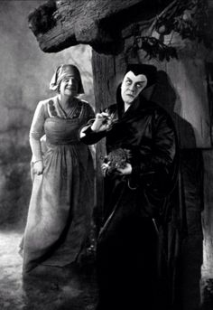 F.W. Murnau's 'Faust' 1926//// F.W. MURNAU, IF YOU DONT KNOW ANY OF HIS SILENT FILMS, TRY THEM.  I PARTICULARLY RECOMMEND 'SUNRISE'