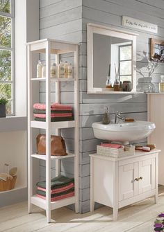 Best Badm bel SPLASH Dieses charmante Badezimmer in massiver wei lasierter Kiefer berzeugt mit einer einzigartigen