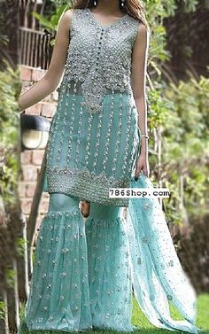 We have Pakistani/Indian Designer clothes online. Formal and Party Pakistani dresses. Buy Designer formal wear and wedding dresses. Pakistani Dresses Online Shopping, Pakistani Party Wear Dresses, Desi Wedding Dresses, Pakistani Wedding Outfits, Pakistani Bridal Dresses, Indian Dresses, Pakistani Clothing, Stylish Dresses, Fashion Dresses