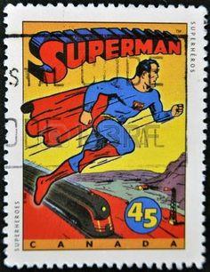 CANADA - CIRCA 1995: Un sello impreso en Canad� muestra personajes de c�mic, Superman, alrededor del a�o 1995 photo