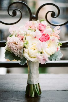 Beautiful pink and white bouquet | Love!