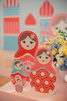 Duas datas tão especiais compartilhadas por mãe e filha e comemoradas juntinhas! A Gabriela Maria completou 30 anos na mesma época em que sua filhota estava fazendo o primeiro aninho. Então, ela teve a ideia de juntar as duas comemorações em uma s...