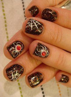 Spider Halloween ... Nail Art Design