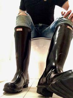 https://flic.kr/p/UQYJvZ | Gloss black  Hunter | My new shiny wellies