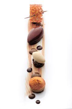 Roger Van Damme #plating #gastronomie #gastronomy #chef #cuisine #food #dressage #assiette #art #design #foodstyle #foodart #designculinaire #culinaire #culinaryart #foodstylism #foodstyling #presentation #pastry #plating #chocolate #dessert