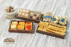 Dollhouse miniature bakery goods ~ by Atolie