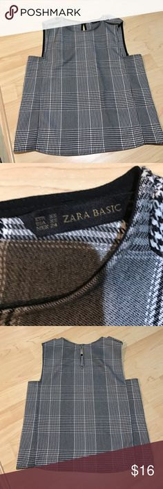 Zara Tee XS Without tags but never worn Zara Tops Tank Tops