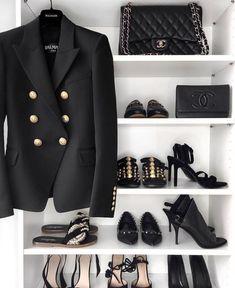 Black is beautiful 🖤🖤🖤🖤🖤 Balmain Leather Jacket, Balmain Sweater, Balmain Jacket, Balmain Dress, Black Is Beautiful, Balmain Blazer Outfits, High Fashion, Vestidos, Woman Clothing