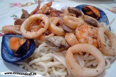 Espaguetis con frutos de mar.