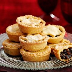 Freeze-Ahead Mince Pies - Mince pie recipe: How to make mince pies - Xmas Food, Christmas Cooking, Christmas Desserts, Christmas Recipes, Christmas Mince Pies, Christmas Foods, Christmas Treats, Best Mince Pies, Homemade Mince Pies