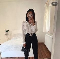 1 or Tell me your favorite office look & I'll be showing up at work like that tomorrow 😂 Anzeige Source by villeanka Fashion outfits Cute Casual Outfits, Simple Outfits, Stylish Outfits, Simple Office Outfit, Casual Attire, Winter Fashion Outfits, Spring Outfits, Outfits Damen, Elegantes Outfit