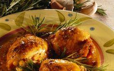 Pollo alla birra - Una ricetta veramente buona da cucinare per ogni occasion certi di fare bella figura. A pranzo o a cena, potete gustarlo insieme ad un contorno di verdure o di patate al forno.