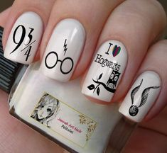 This series deals with many common and very painful conditions, which can spoil the appearance of your nails. SPLIT NAILS What is it about ? Nails are composed of several… Continue Reading → Harry Potter Film, Harry Potter Makeup, Harry Potter Nail Art, Cute Harry Potter, Nail Art Designs, Cute Acrylic Nail Designs, Cute Acrylic Nails, Cute Nails, Pretty Nails