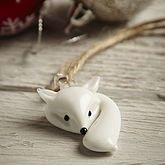 Could make out of fimo. This super cute Christmas decoration features a white glass fox with bushy tail! This simple design would look lovely on your xmas tree. Polymer Clay Kunst, Polymer Clay Animals, Fimo Clay, Polymer Clay Charms, Polymer Clay Projects, Polymer Clay Creations, Polymer Clay Jewelry, Clay Crafts, Polymer Clay Christmas