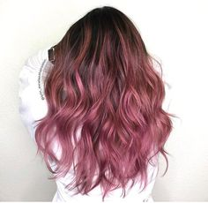 Sassy Waves for Long Hair, use this strategy to get volume and cheeky waves in . - Sassy Waves for Long Hair, use this strategy to get volume and cheeky waves i …, # cheeky - Pink Ombre Hair, Hair Color Pink, Hair Dye Colors, Cool Hair Color, Dark Pink Hair, Pinkish Purple Hair, Pink Hair Streaks, Long Purple Hair, Funky Hair Colors