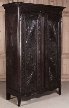 Antique Brittany Armoire | Country French Furniture | Inessa Stewart's Antiques   #antique #french #furniture