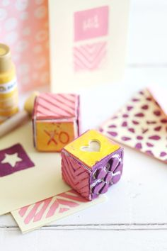 Make these stamp cubes to add custom flair to notecards while saving space in your stamp storage