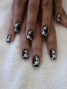 Wonderful Black Nails Art 3 -