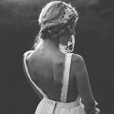 This shot of @truvellebridal 's Michelle gown is flawless #villagebridalhomewood #truvellebridal #birminghambrides #alabamaweddings #michellegown