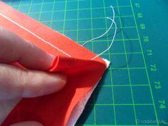 Ecken mit Schrägband einfassen Schritt 3