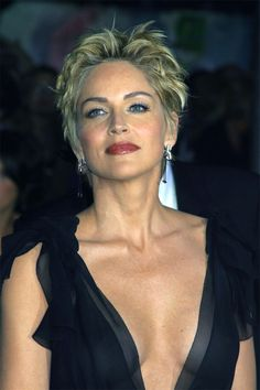 Stylish Short Haircuts for Older Ladies - Sharon Stone - Sharon Stone Short Hair, Sharon Stone Hairstyles, Pixie Hairstyles, Pixie Haircut, Hair Cuts For Over 50, Short Hair Cuts For Women, Short Hair Styles, Sharon Stone Photos, Stylish Short Haircuts