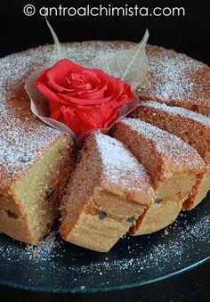 L'Antro dell'Alchimista: Ciambellone al Cappuccino e Cioccolato Bianco - Cappuccino Cake with White Chocolate's Drops