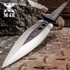 United Cutlery United Talon Survival Spear with Sheath Microwave Dishes, United Cutlery, M48, Ham Bone, Self Defense Weapons, Bushcraft Knives, Home Protection, Weapon Concept Art, Cover Pics