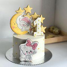 На годик всегда получаются самые нежные и трогательные тортики ✨ #cake #cakestagram #foodphoto #foodporn #instalikes #cakes #bakestagram #royalicing #royalicingcookies #handpaintedcookies #foodart #foodblogger #торты #тортназаказ #тортыташкент #тортбезмастики #тортнапраздник #имбирныепряники #имбирноепеченье #имбирныепряникиназаказ #пряникиташкент #тортнаденьрождения #тортнагодик #тортнагодикдлядевочки