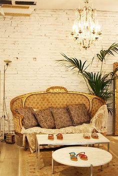 Toulouse Departement Feminin luxury retail store Copyright photos : Ludivine Moure Interior Design Paris www.interiordesign-paris.com