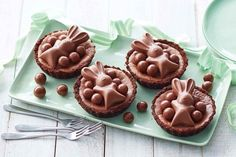 Get into the festive Easter spirit with these decadent chocolate tarts made with a chocolate biscuit base and topped with cute MaltEaster bunnies. Chocolate Lava Cake, Decadent Chocolate, Chocolate Tarts, Chocolate Lovers, Chocolate Recipes, Easter Cookies, Easter Treats, Easter Food, Easter Stuff