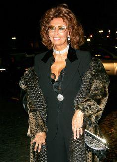 Sophia Loren Photos: Celebs at Armani