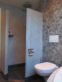 Badkamerinspiratie | De kiezels maken het heel natuurlijk. Door AnneM