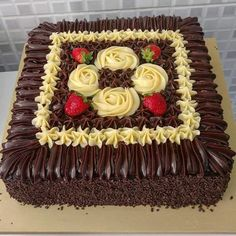Is healthy desserts what you want? Everything you need to know is on the link below :) Pretty Cakes, Beautiful Cakes, Amazing Cakes, Cake Decorating Tips, Cake Decorating Techniques, Chocolate Delight, Chocolate Cake, Cake Boss, Buttercream Cake