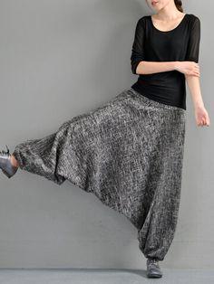 Harem Pants Outfit, Skirt Pants, Classy Outfits, Chic Outfits, Tomboy Outfits, Emo Outfits, Harem Pants Pattern, Jumpsuit Pattern, Jacket Pattern