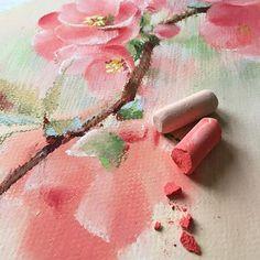 Люблю сочетание длинных выходных и плохой погоды. Ведь тогда времени на творчество появляется немного больше Процесс. Бумага #canson Пастель Schmincke #пастель #цветы #рисуюпастелью #цветыпастелью #cansonpaper #schmincke #softpastels #softpastel